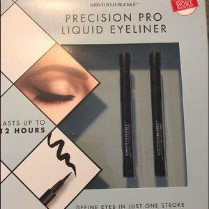 Kristofer Buckle Makeup - Kristofer Buckle Precision Pro Liquid Eyeliner